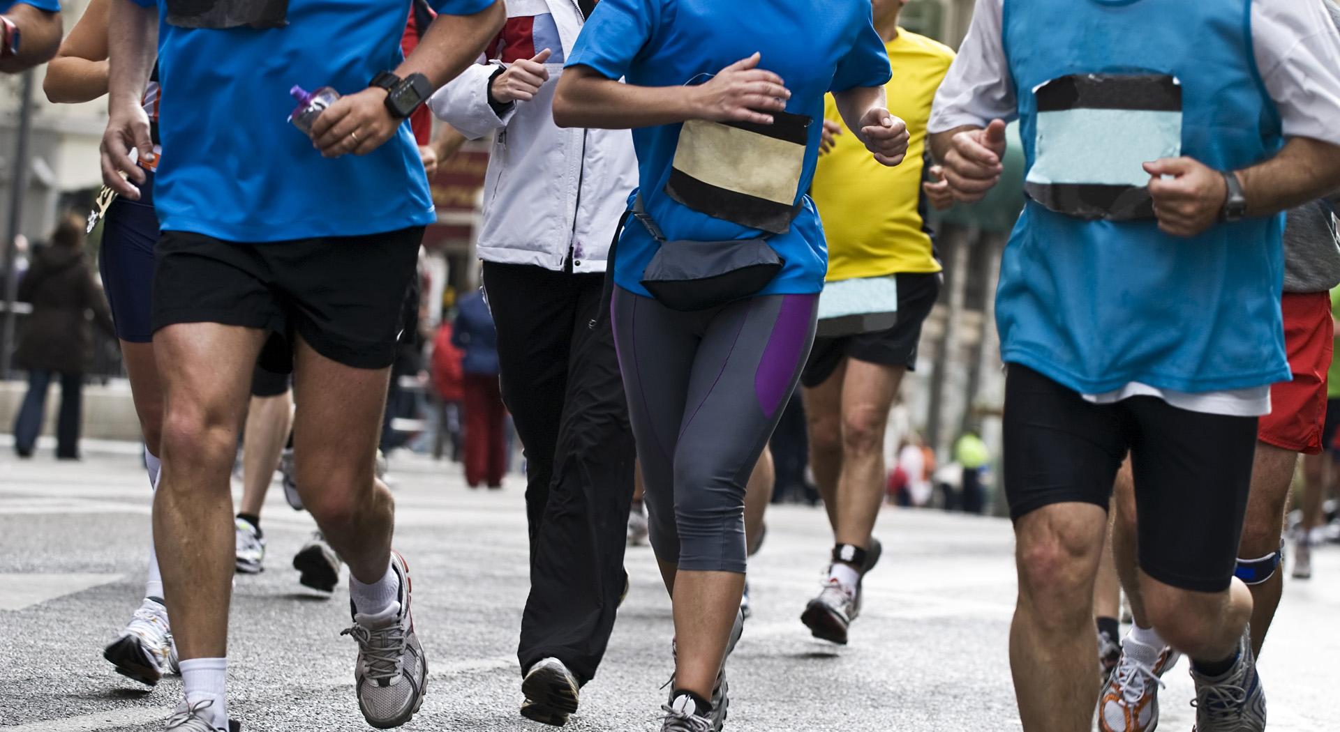 slide1fullwidth-runners